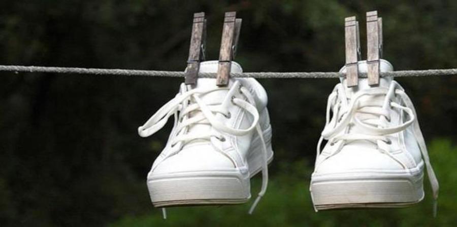 pravil'no vysushit' obuv'