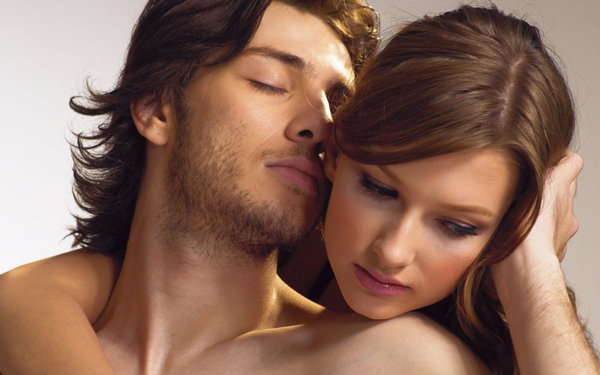 Запах тела женщины: что возбуждает в нёммужчин
