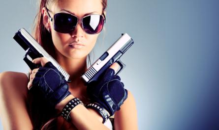 Devushka s pistoletami